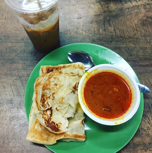 my first prata breakfast. Chomp!